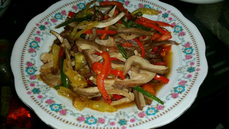 三椒炒肚丝